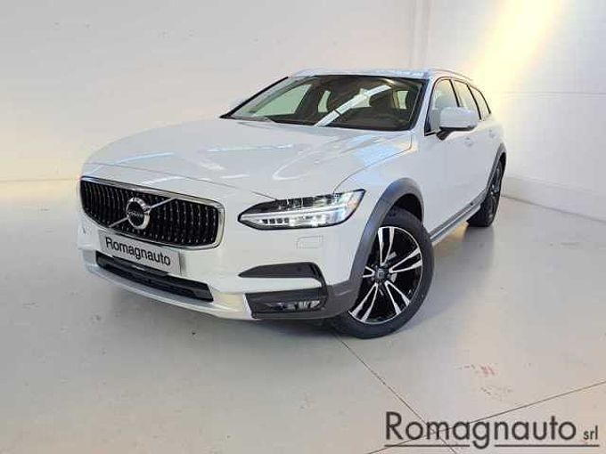Volvo V90 Cross Country D4 AWD Geartronic Pro - Vettura Km0 - Listino € 70.647